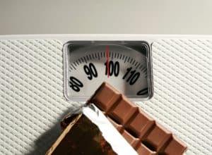 Gewicht und Schokolade