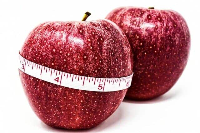 Apfel um einen Zentimeter gebunden, Gewichtskontrolle