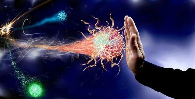 Hand stoppt Virenbefall